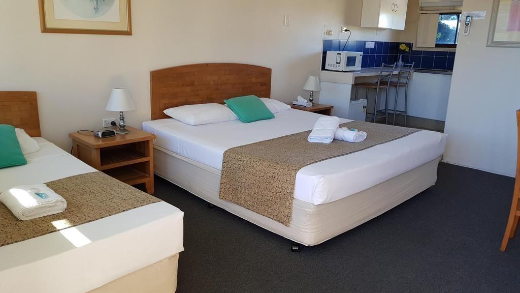mermaid beach hotel header 1